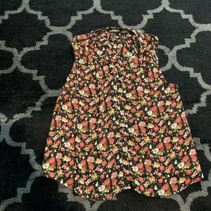 Cute floral button down top from express